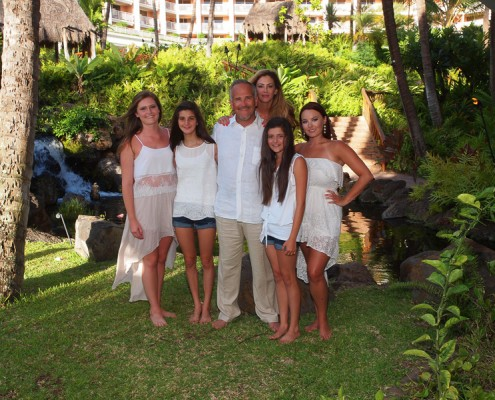 Family photography on the grounds at Grand Wailea Resort