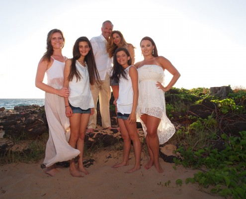 maui family portrait photography on beach