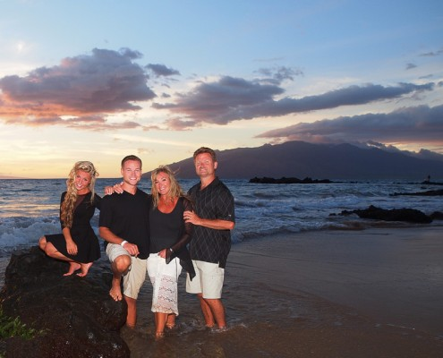 maui beach portraits for families