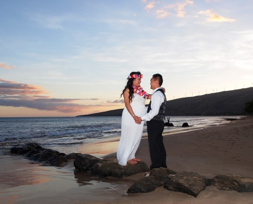 wedding photography on Maui, Sunset Beach Photography with Couple
