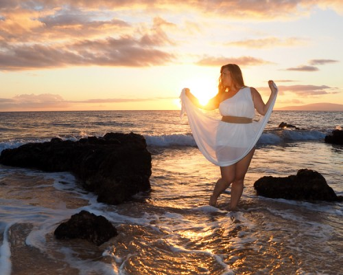 femal model at sunset on Maui