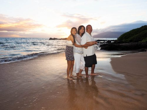 family pictures & senior portraits on Maui
