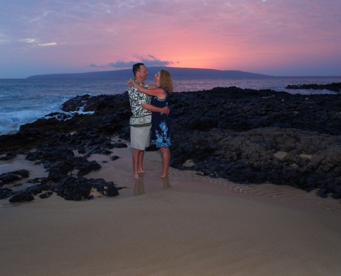 Anniversary sunset photography at Makena Cove, Maui, Hawaii