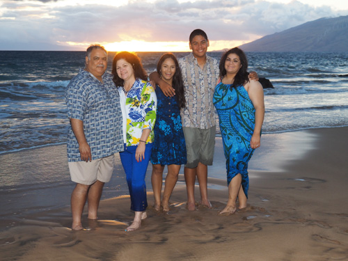 Maui family pictures at Kamoele III Beach Park