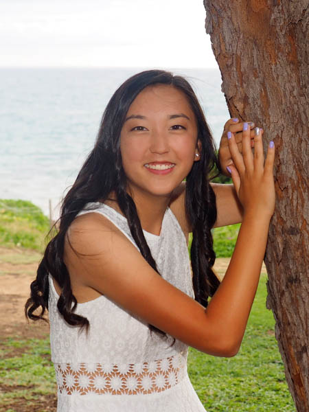 Senior portrait at at Maui beach park